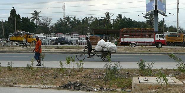 Street scene in Dar es Salaam, Tanzania.